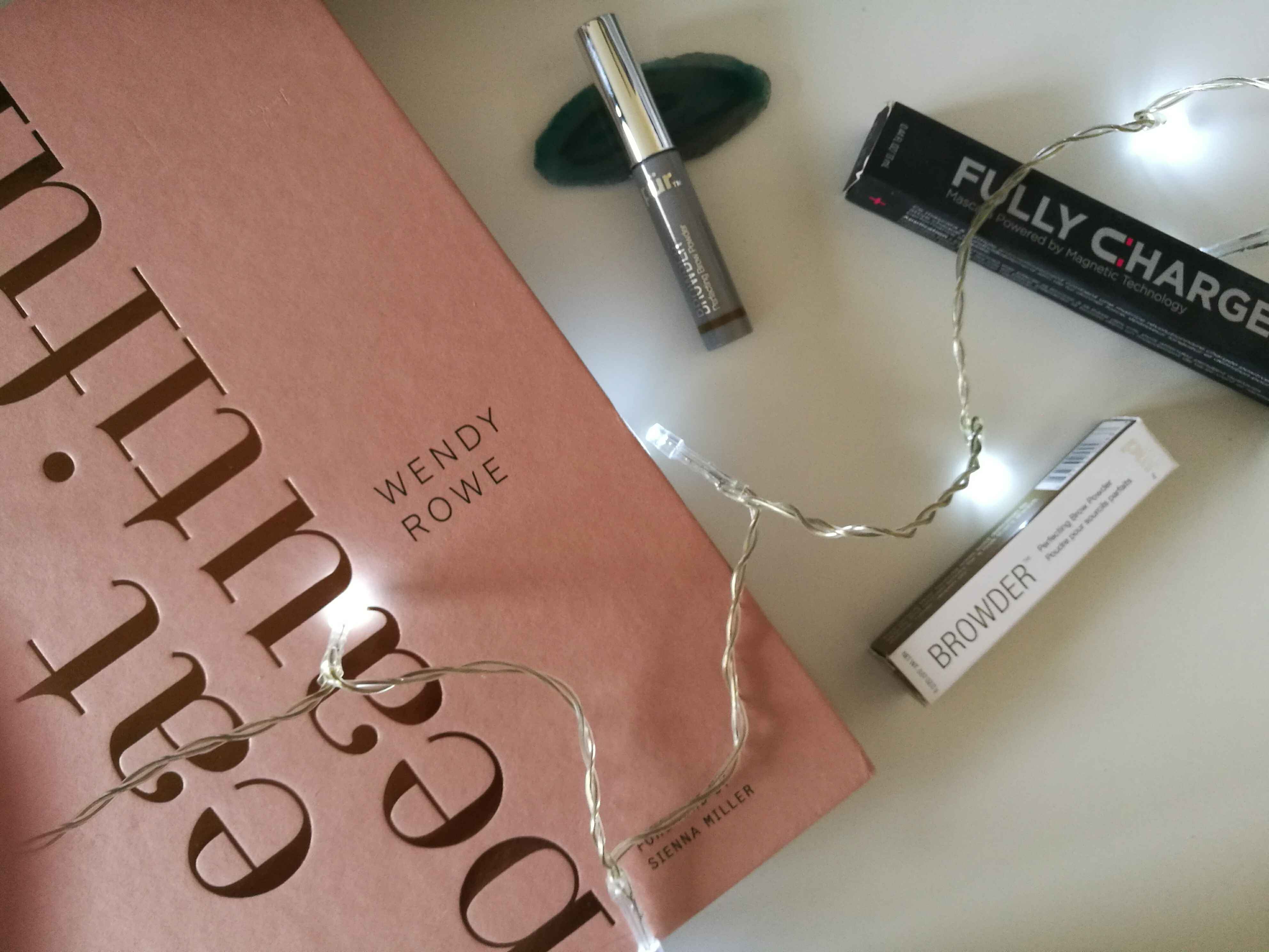 PUR FULLY CHARGED MASCARA AND BROWDER